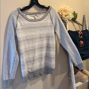 🌿Gray and White Stripe Mossimo Sweater🌿